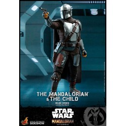 IT: Pennywise - 1:4 inch Scale Action Figure